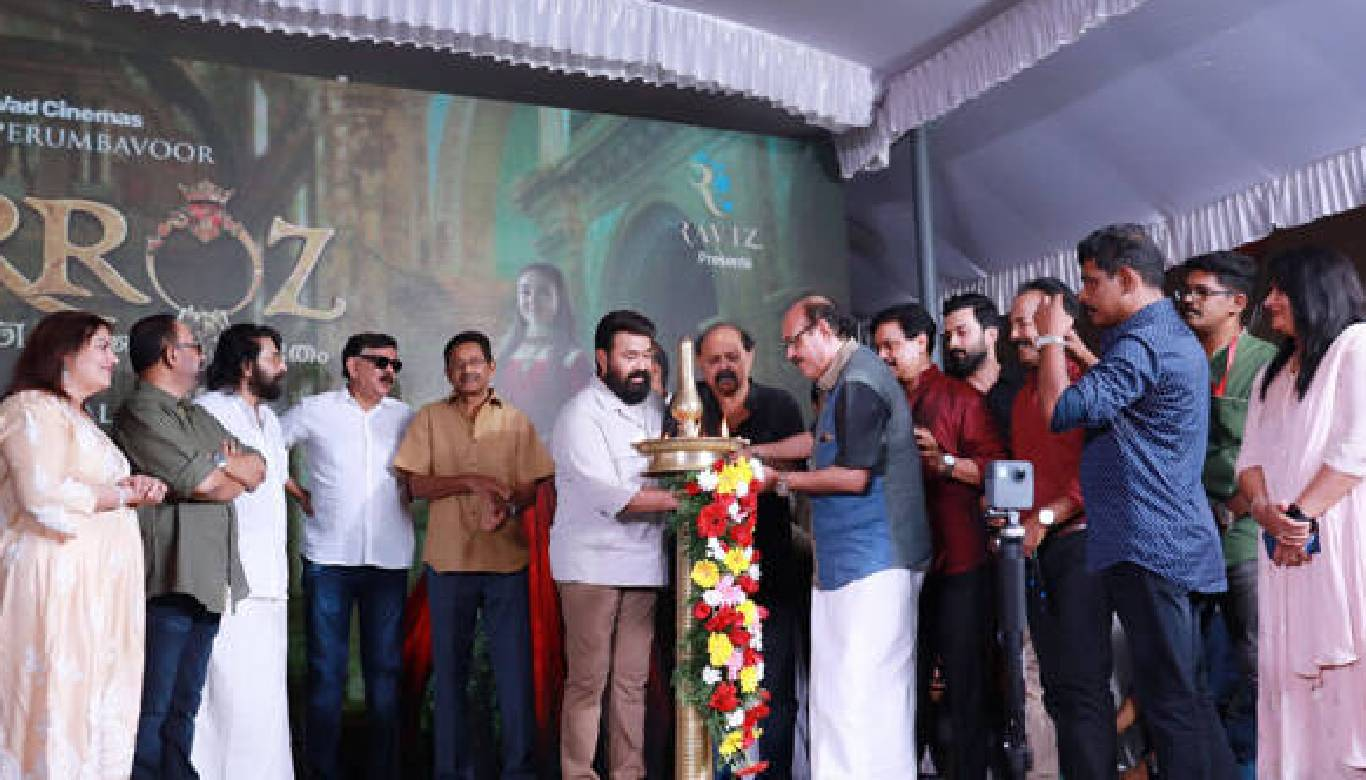 Amitabh Bachchan wishes Mohanlal as 'Barroz' starts rolling