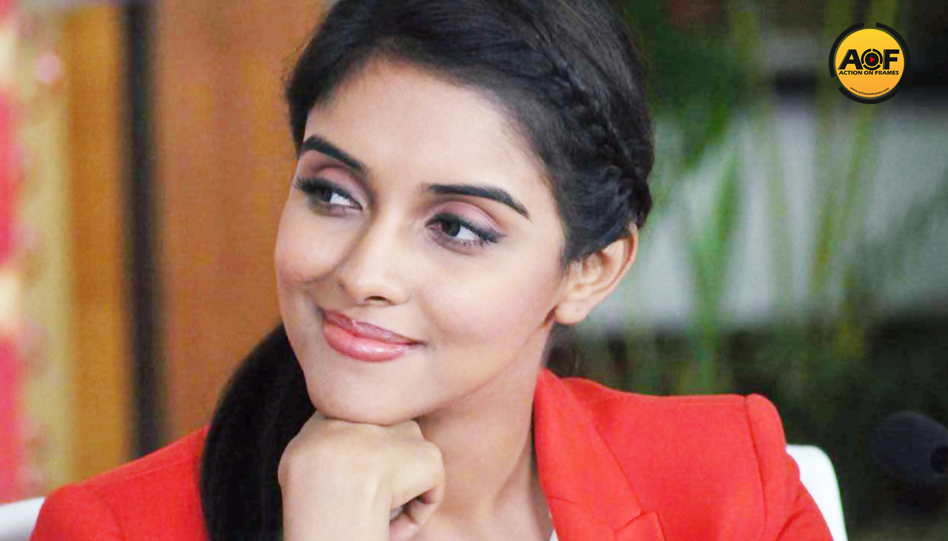 Asin To Replace Jyothika in Vijay 61