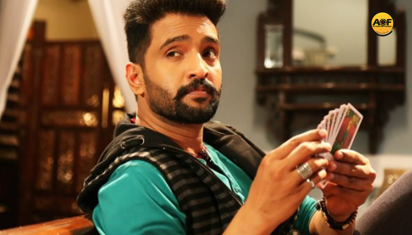 SANTHANAM IN A COP ROLE THAT RESEMBLES THE MOVIE POKKIRI