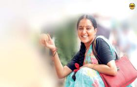 Lady superstar Manju Warrier Goes De-Glam For Udhaharanam Sujatha