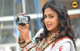 Amala paul sighns an adventurous flicks
