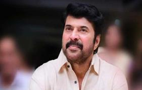 Amazing! Mammootty gives free flight passes to returnees from abroad