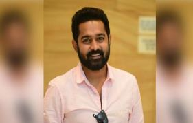 Asif Ali shares the cutest version of the 'wash your hands' challenge