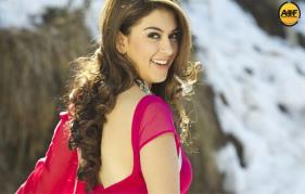 Hansika to pair with Sasi Kumar's Next