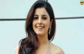 Isha Talwar Replaces Mamta Mohandas In Detroit Crossing