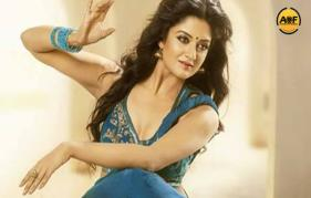 Vimala Raman has joined hands with Renowned Director Raj Suri and right now the shoot of the film